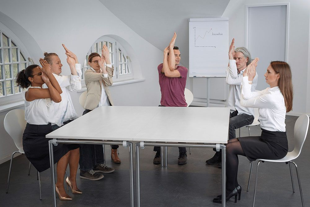 Florian-Spater,-Einfach-Yoga-am-Arbeitsplatz